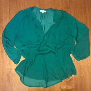 BNWOT 3/4 sleeve ladies blouse, Emerald Green